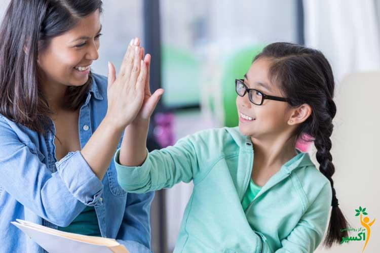 چگونه نوجوان خود را تشویق و تنبیه کنیم ؟